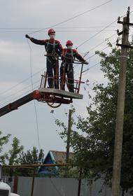 Незаконные подвесы линий связи на опорах ЛЭП зафиксированы в Горячем Ключе