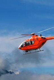 В Алтае на горе вертолет совершил жесткую посадку