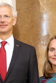 Коронавирус в помощь: жена премьер-министра Латвии купила дом за три миллиона евро