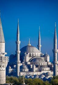 В Айя-Софии от сердечного приступа скончался турецкий муэдзин