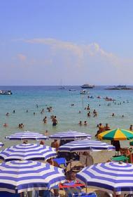 Власти Болгарии готовы облегчить визовые требования для туристов из России