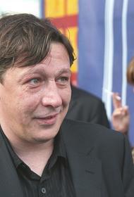 На суде Ефремову показали видео, на котором он ходит пьяный после ДТП