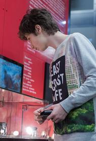 Программа «Культура для школьников» представила видеоурок «10 правил написания кинорецензии» от Музея кино на ВДНХ
