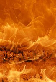 В Самаре пожар  охватил десять жилых домов