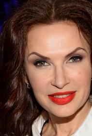 Актриса Эвелина Бледанс заявила, что могла бы прожить на тысячу рублей в месяц