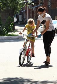 Волонтеры подарили 30 велосипедов краснодарским детям из многодетных семей