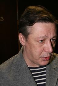 Актеру Михаилу Ефремову вызвали скорую помощь в суд