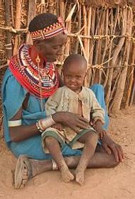 В женскую деревню в Кении мужчин пускают только для того, чтобы они помогли пасти скот или зачать ребенка