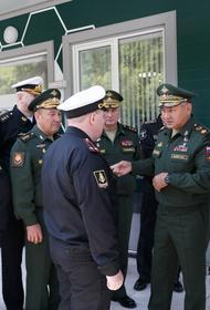 Сергей Шойгу проверил работу медцентра на Камчатке