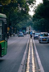В Индии пять человек погибли при возгорании автобуса