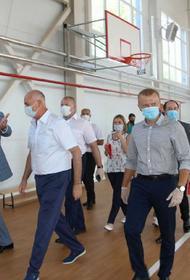 Спорткомплекс в поселке Верхнебаканском принял первых посетителей