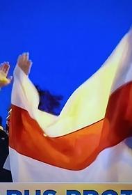Видео с собрания на белорусском предприятии, где в поддержку Лукашенко не встал ни один