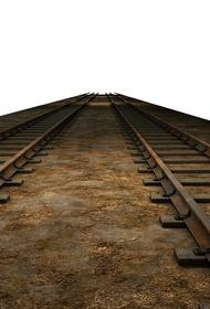 Под Прагой восемь вагонов товарного состава сошли с рельсов у железнодорожного перегона