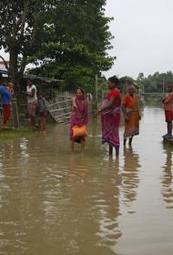 В результате оползней в Непале погибли 16 человек