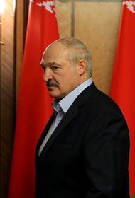 Александр Лукашенко опроверг сообщения о своем отъезде из Белоруссии