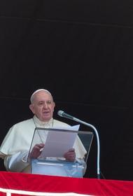 Папа Римский призвал белорусов отказаться от насилия и уважать право