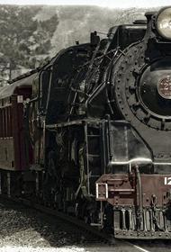 В Курске после серьезной реставрации открылся старинный паровоз