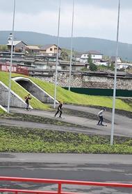Школьники из Сатки будут заниматься на уникальном стадионе