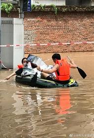 Очередное китайское бедствие: наводнение в КНР заставило эвакуироваться 128 000 человек