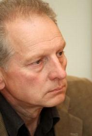 Политик Латвии: Всем, кто жалуется на неудавшуюся страну – по зубам
