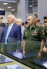 В первый день работы форума «Армия-2020» прошел закрытый показ военной техники