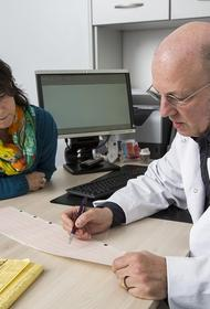 Хирург раскрыл основную причину возникновения рака легких у некурящих людей