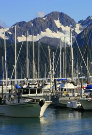США заметили всплывшую около Аляски российскую подлодку и внимательно следят за ней