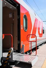 С вокзалов и станций ПривЖД в августе отправлено около 826 тыс. пассажиров