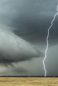 Экстренное предупреждение по ливням и грозам получено на Кубани