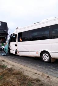 Стало известно о погибшей женщине в ДТП при столкновении двух автобусов под Анапой