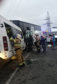На трассе под Анапой лоб в лоб столкнулись два автобуса с пассажирами