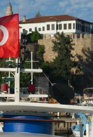 После возобновления полетов в Турцию 336 409 россиян прибыло в Анталью. У восьми туристов выявили коронавирус