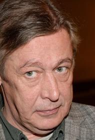 Михаил Ефремов отправился в суд на оглашение приговора без вещей