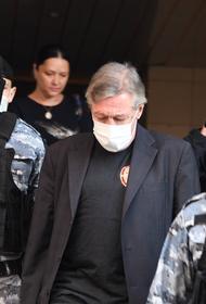 Суд признал Михаила Ефремова виновным в ДТП со смертельным исходом
