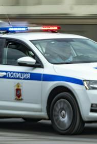 Пять легковых машин и грузовик столкнулись на внешней стороне ТТК в Москве
