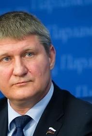 Депутат Госдумы  М. Шеремет описал украинскую инициативу  об аресте 65 самолетов как «кислотное и агрессивное решение»