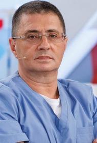 Телеведущий Александр Мясников: Сочетание гриппа и COVID-19 особенно сложно поддается лечению