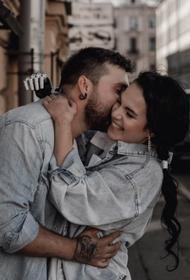 Россиянка, которой экс-супруг отрубил кисти, показала видео в честь годовщины свадьбы