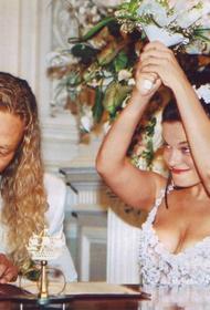 Канал Mash пишет, что пока Наташа Королёва была в отпуске, её муж встречался с двумя девушками, одна из них беременна