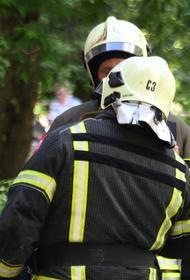 Пожар произошел в восьмиэтажном жилом доме в Краснодаре