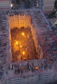 В Краснодаре крупный пожар в высотке лишил крыши над головой жильцов 64 квартир