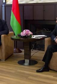 Песков заявил, что в Кремле Лукашенко считают легитимным президентом