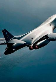 Два бомбардировщика ВВС США B-1 Lancer пролетели над Беринговым морем близ российских границ