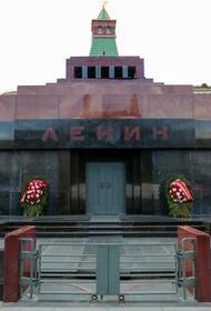 Американский художник Дэвид Датуна собрал в США 50 миллионов долларов на покупку тела Ленина