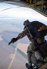 Более 200 британских парашютистов десантировались на полигоне Украины