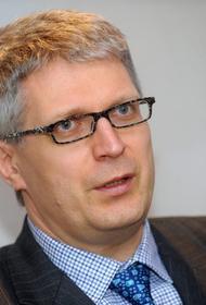 Публицист Лато Лапса: С ложью у президента Латвии нет никаких проблем
