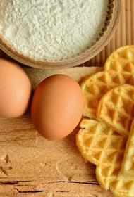 Кулинар Алия Самохина рассказала, чем при выпечке можно заменить куриные яйца