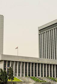 Азербайджан вводит военное положение в ряде регионов