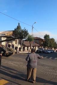 Армянская автономная республика - других вариантов нет,  Пашинян уже позвонил Путину