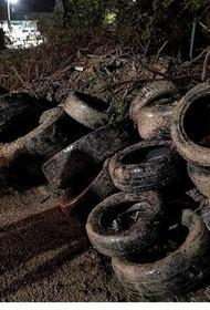 В Новороссийске ливнёвую канализацию забило шинами